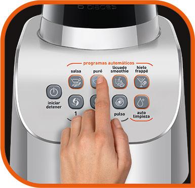 Oprime el botón con la preparación deseada y en unos segundos y automáticamente estará lista